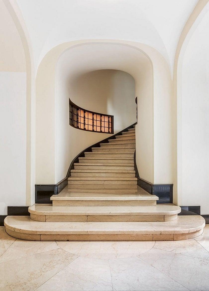 Palazzo Sola-Busca, Aldo Andreani, 1924–30 stairs: Botticino limestone Copyright: © Delfino Sisto Legnani
