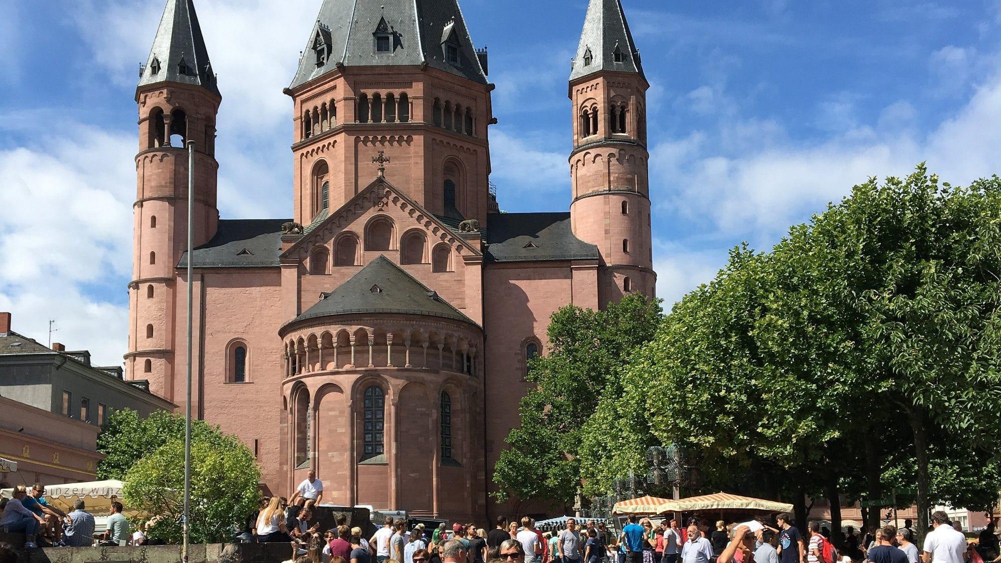 Blick auf den St. Martin Dom in Mainz (c) Christina Ihrlich