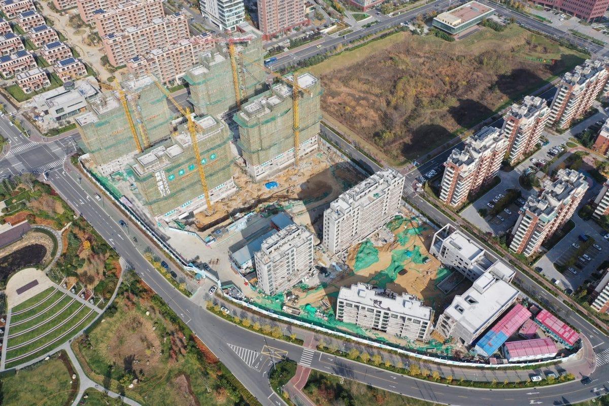 Das von Frey Architekten finanzierte Passivhausprojekt ist derzeit das größte und ambitionierteste Passivhausprojekt in China, wo gegenwärtig zwei größere Passivhaussiedlungen entstehen.