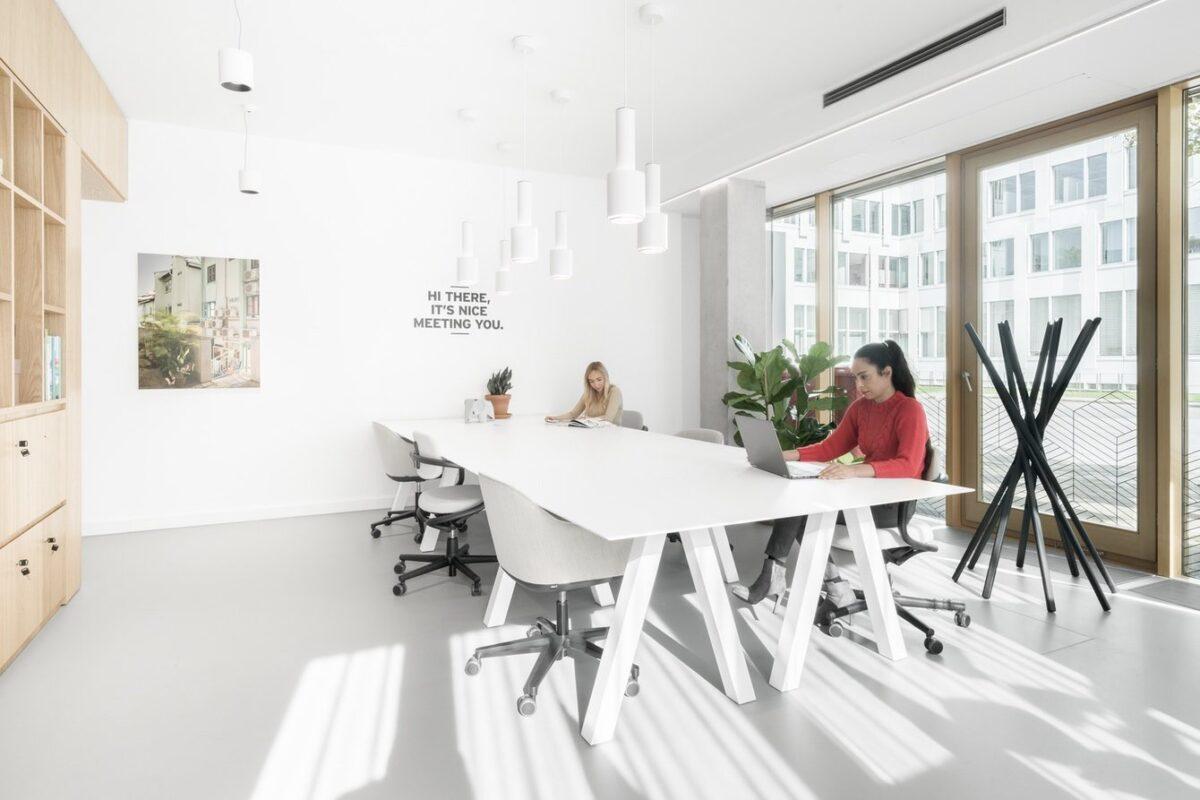Spaces Kennedydamm 5370 Düsseldorf Germany Community Desks